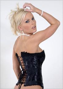Mistress Olivia 1-800-601-6975