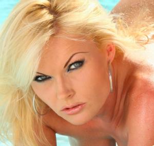Experienced Mistress Olivia 1-800-601-7259