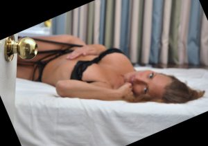 Sexy Mistress Delia tease and denial games 1-800-601-7259