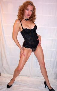 Beg for Mistress Delia 1-800-601-7259